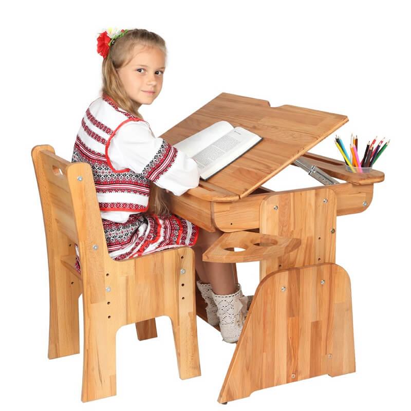 Wygodne czytanie z biurkiem dziecięcym Ergodesk