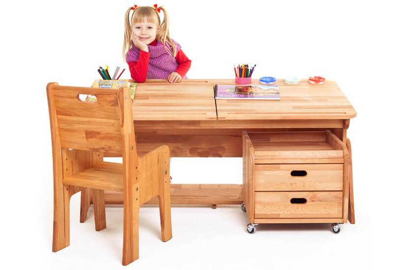 Ergonomia biurek dla dziecki Ergodesk