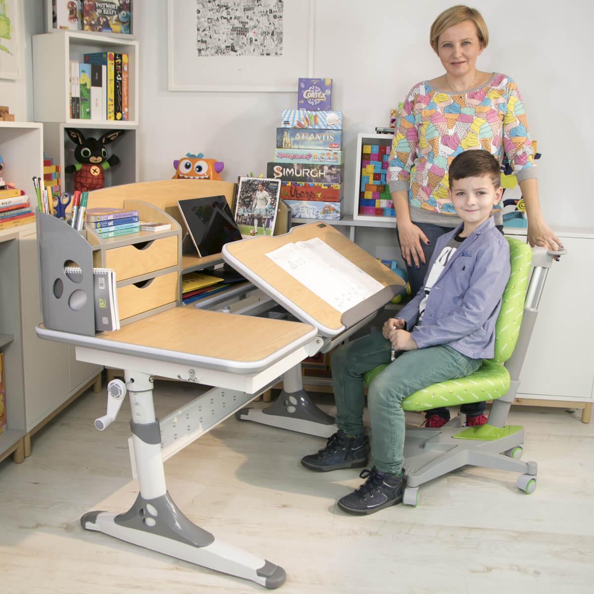 Biurko z regulacją dla dzieci