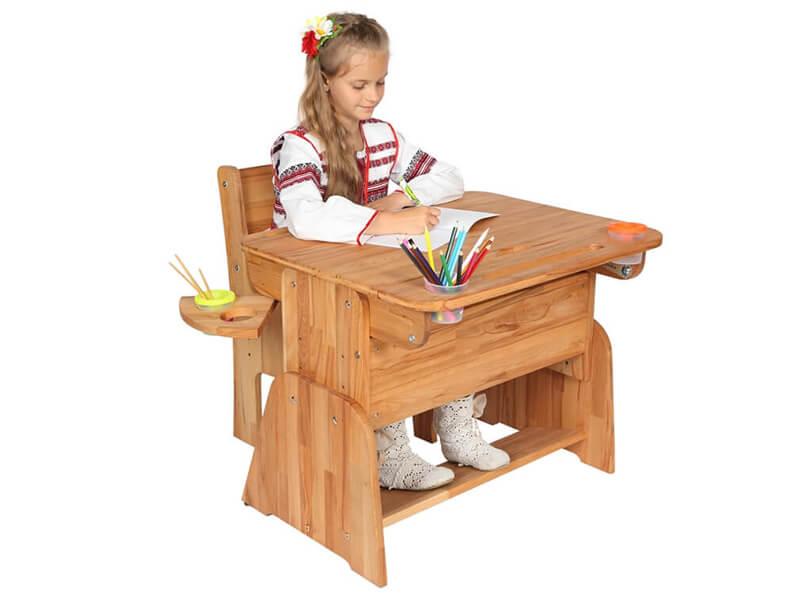 Odrabianie lekcji przy biurku z regulowaną wysokością - Ecodesk E-190