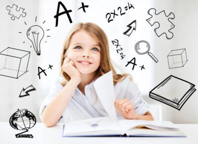 białe biurko z regulacją nie tylko dla dzieci