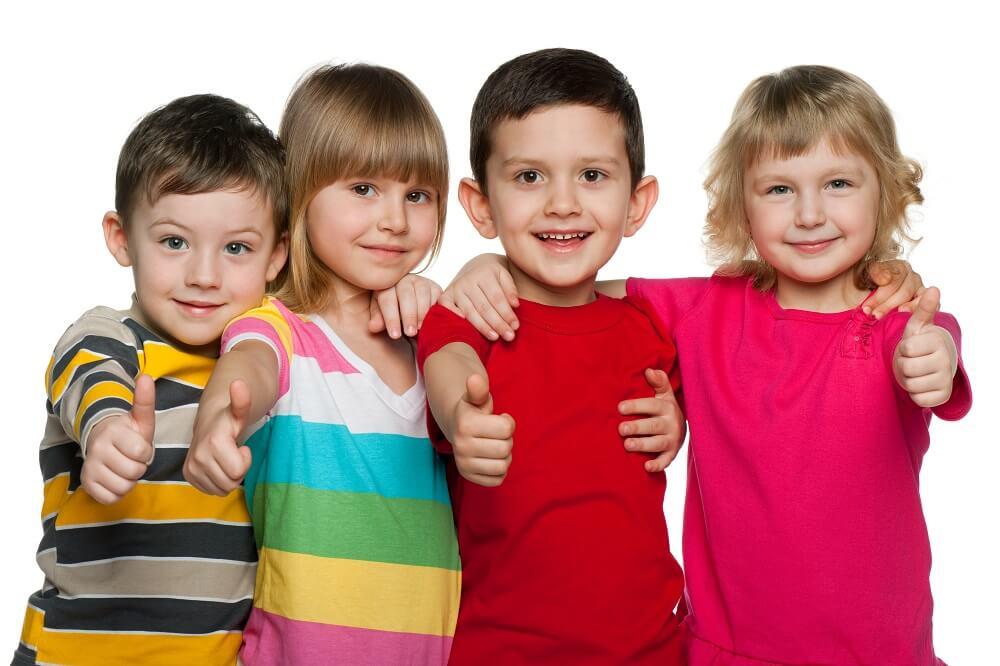 Biurka dla dzieci z regulowaną wysokością – 4 zaskakujące korzyści
