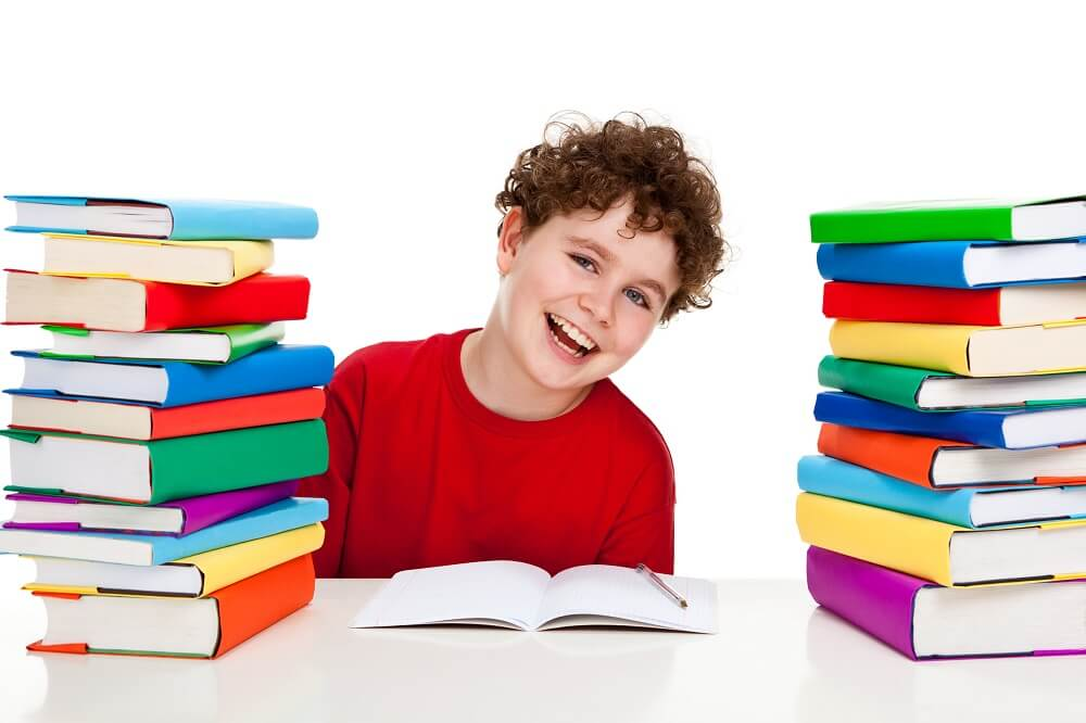 Czas wolny też jest ważny! Dlaczego biurka dla dzieci są regulowane nie tylko w trakcie nauki?